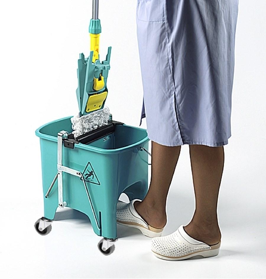 Squizzy Mop Bucket on Wheels | Ramon Hygiene | 6415 ...