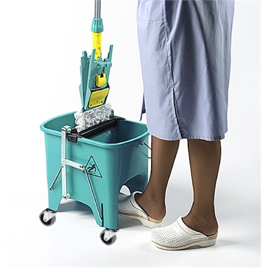 Squizzy Mop Bucket On Wheels Ramon Hygiene 6415